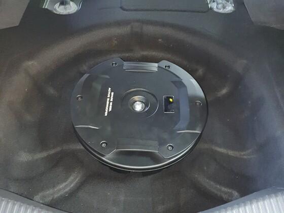 Eton Res11 in Mondeo MK 5 Limo